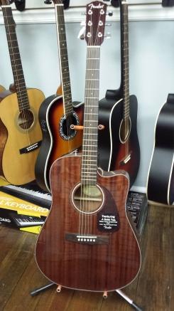 SOLD #6 Fender $349.99