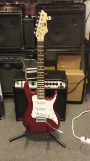 #8 3/4 size AXL Guitar